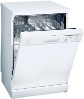 Siemens SE25E259EU Freestanding Dishwasher 12 Place Settings