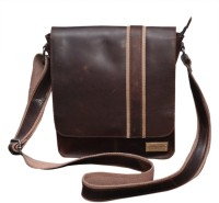 Le Craf Oliver Messenger Bag Brown-05