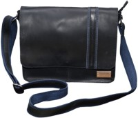 Le Craf Ray Messenger Bag Black-04