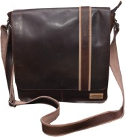 Le Craf Parker Messenger Bag Brown-05
