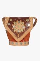 Famous by Payal Kapoor Women Multicolor Leatherette Sling Bag