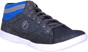 Foot Step Canvas Shoes