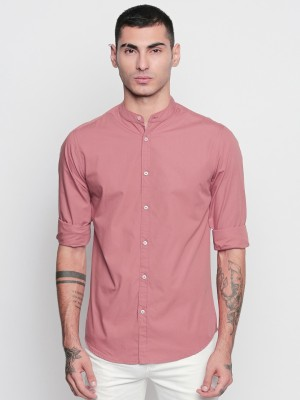 Dennis Lingo Men Solid Casual Pink Shirt