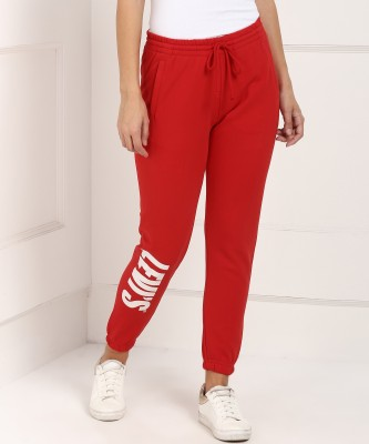 Levi's Regular Fit Women Red Trousers